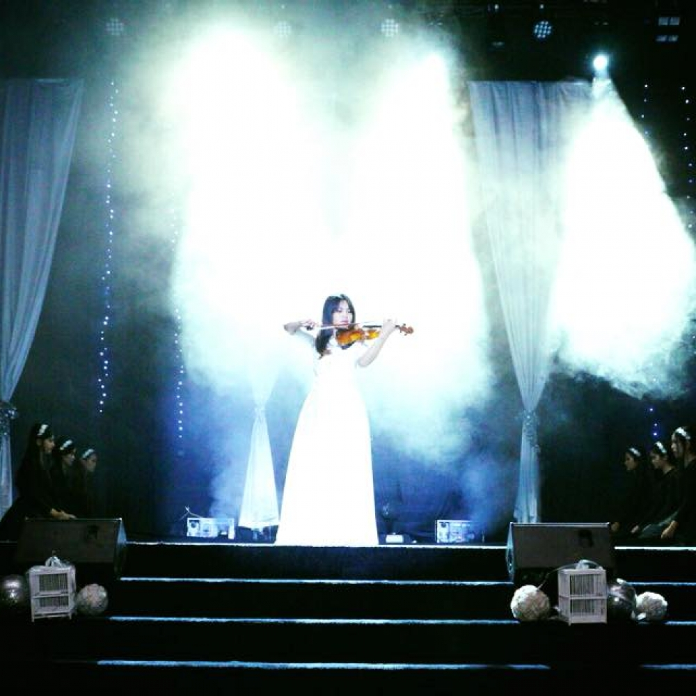 chauvet-professional-at-the-star-church-yogyakarta
